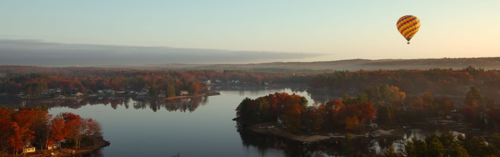 We went hot-air ballooning in Salem, NH during peak autumn colors!